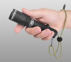 Фонарь светодиодный тактический Armytek Dobermann Pro XHP35 HI, 1570 лм, теплый свет, аккумулятор
