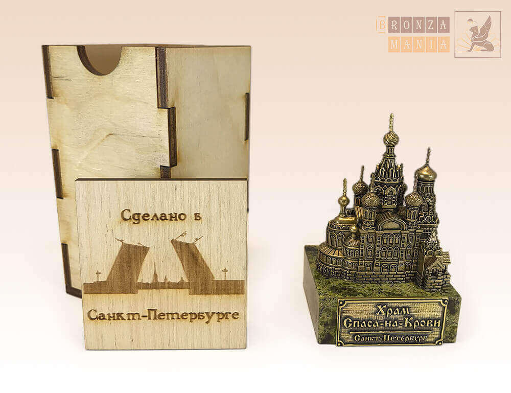 коробка из дерева под средние фигурки