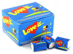Блок жвачек Love is — Банан-Клубника (20 шт.)