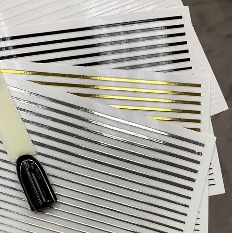 Лента для дизайна ногтей Металлизированная 3d, серебро