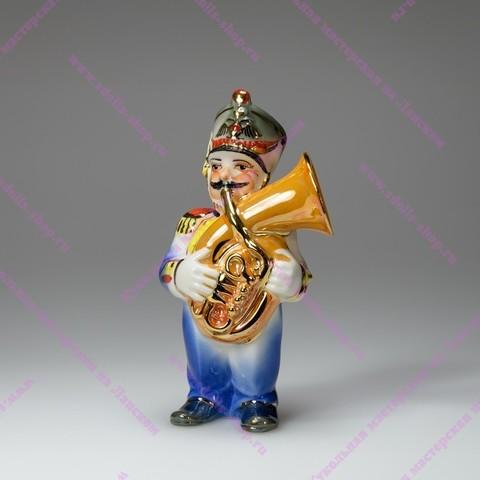Музыкант с баритонгорном - фарфоровая игрушка