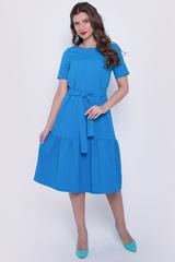 <p>Платье свободного кроя с удлиненным воланом. Платье с поясом.&nbsp;</p>