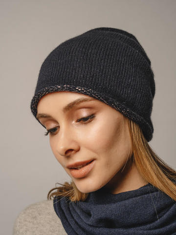 Женская темно-синяя шапка из 100% кашемира - фото 4
