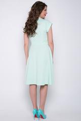<p>Отличное платье для романтической дамы! Отложной воротничок. Юбка клёш, с имитацией пояса. Спущенное плечо с манжетом. (Цветок в стоимость не входит)&nbsp;<span>(Длина: 46-98см; 48-99см; 50-100см; 52-101см)</span></p>