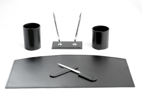Бювар на стол из кожи , Модель 21.