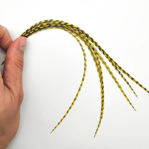 Перья петуха в волосы 20-25 см. 6 шт. (желтый)