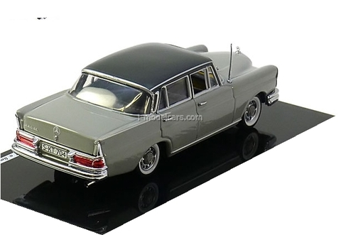 Mercedes 220 SE Saloon 1959 grey-darkgrey Vitesse 1:43