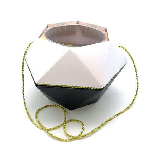 Коробка-ваза с пластиковой вставкой, 190*190*140мм БРИЛЛИАНТ