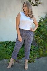 Миранда. Укороченные летние брюки больших размеров. Пудра ромб.
