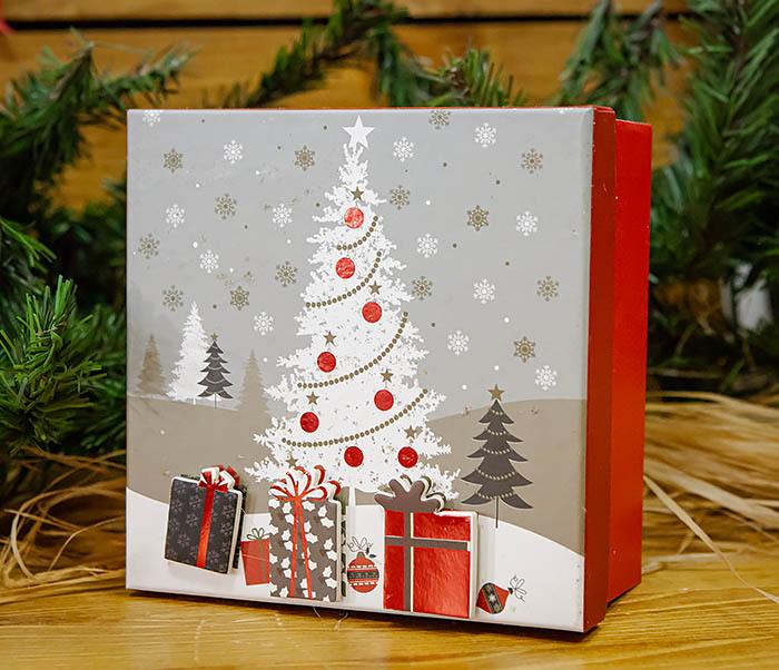 BOX262-3 Новогодняя коробка «Подарки под елкой» (20*20*9 см) фото 03