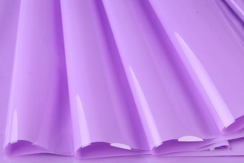 Пленка цветная лак 70 см х 7,6 м. Цвет: сиреневый