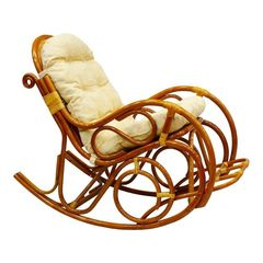 Кресло-качалка из ротанга