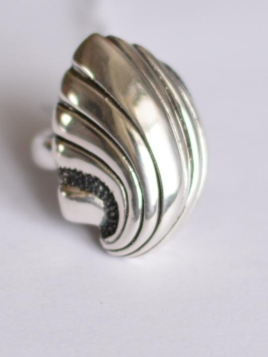 Ракушка (кольцо из серебра)