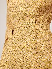 Платье на запахе