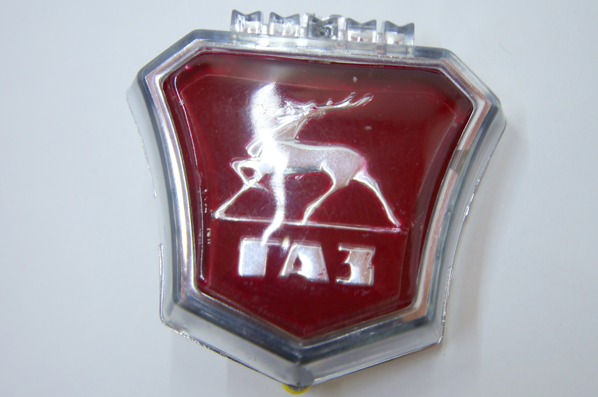 Эмблема решетки радиатора ГАЗ 24