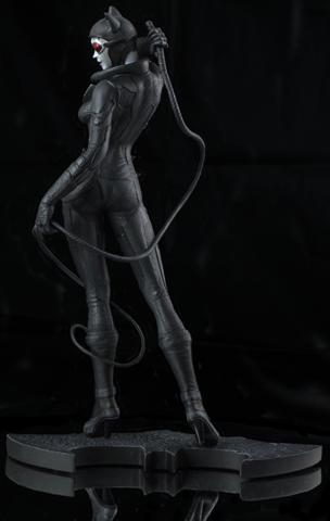 Фигурка Лечебница Аркхэм Женщина кошка — Catwoman Statue