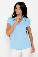 Изящная блузка классического стиля - одна из незаменимых моделей в гардеробе современной леди. Блузка гармонично сочетается с множеством фасонов брюк и юбок. (Длина:  42-44-58см; 46-48-59см; 50-52-60см)