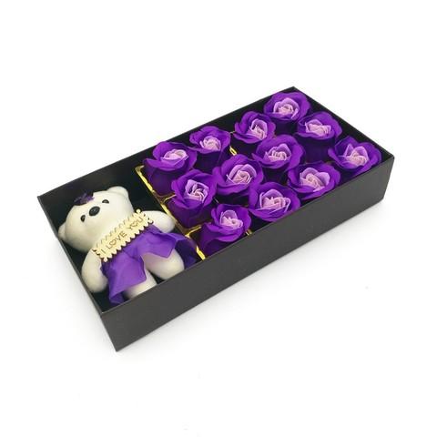Подарочный набор мыльных роз с мишкой в коробке Sweet love, 12 шт