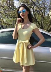 Бант. Яркое молодежное летнее платье. Желтый