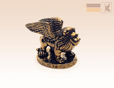 фигурка Лев с крыльями (грифон)