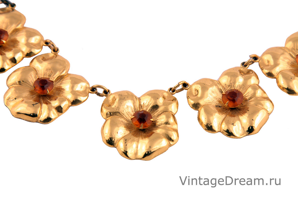 Feminine silver pansy necklace by Coro, 1940s
