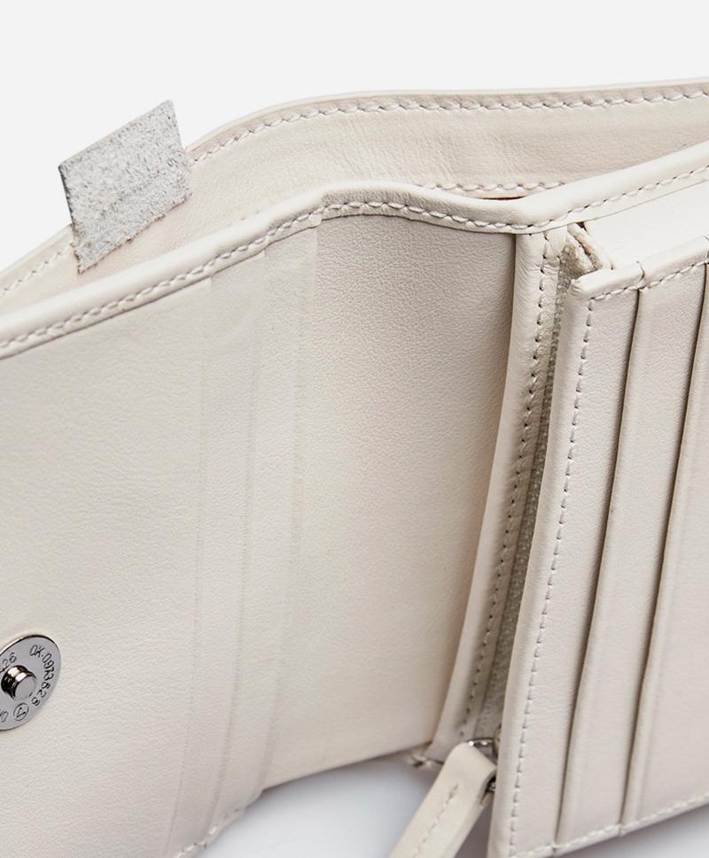 Мини портмоне белого цвета