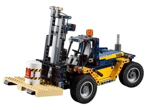 LEGO Technic: Сверхмощный вилочный погрузчик 42079 — Heavy Duty Forklift — Лего Техник