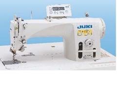 Фото: Одноигольная машина челночного стежка Juki DDL-9000BMA-WB/AK-141