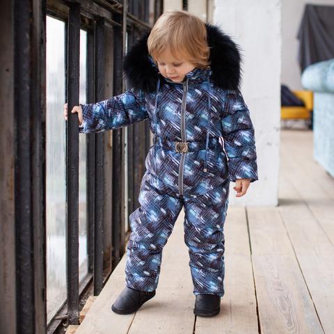 Детский зимний комбинезон с принтом и опушкой из натурального меха