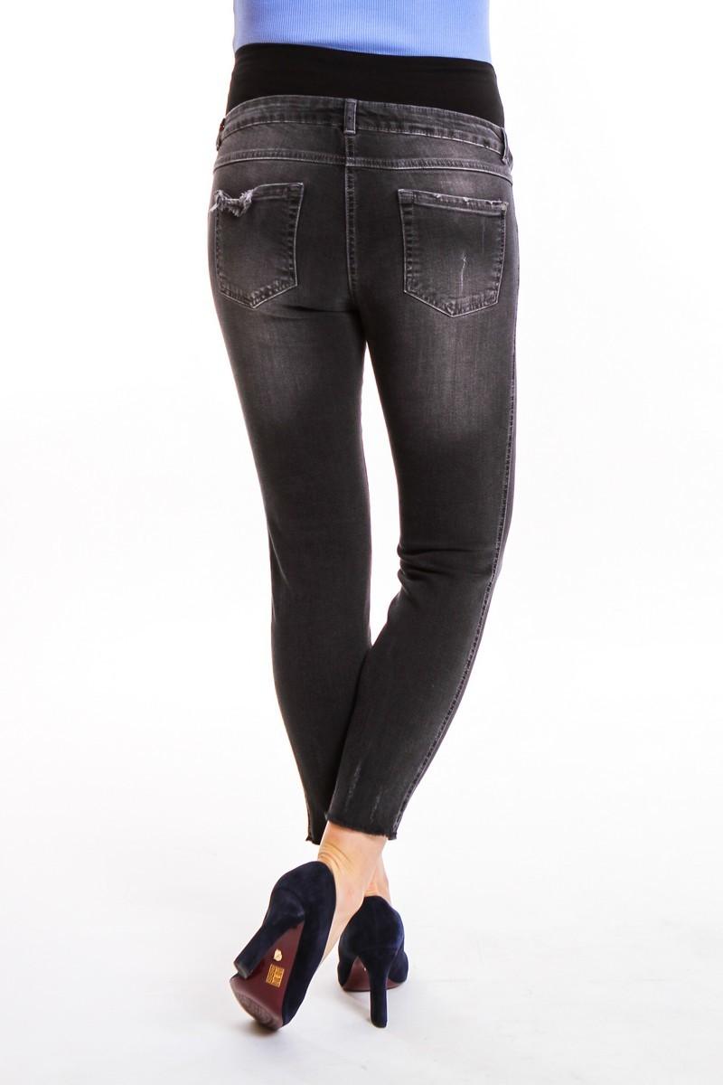 Фото джинсы для беременных MAMA`S FANTASY, укороченные, потертости, широкий бандаж от магазина скороМама, черный, размеры.