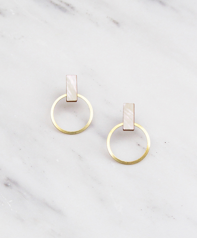 Серьги Elara Studs Mother of Pearl