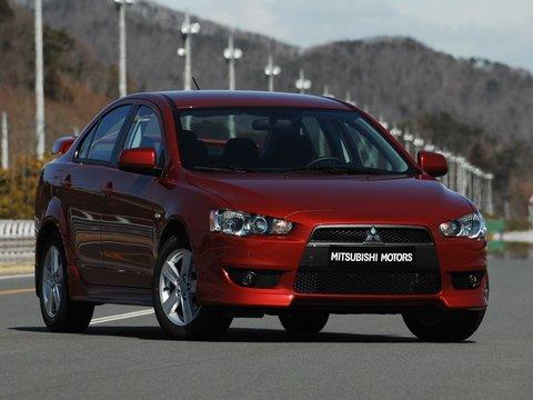 Чехлы на Mitsubishi Lancer 10 седан 2007-2012 г.в.