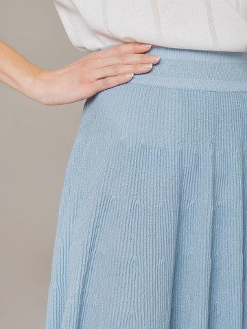 Женская юбка-миди голубого цвета - фото 5