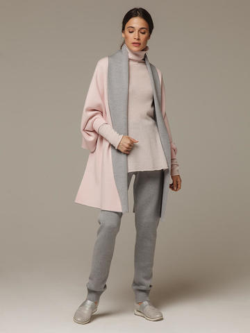 Женский шарф с рукавами и комбинацией розового и серого цветов из 100% шерсти - фото 4