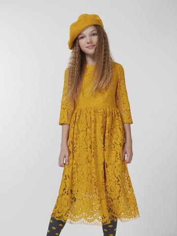 Горчичное платье из гипюра (арт.39023)