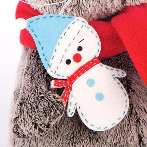 Кот Басик в шарфике со снеговичком