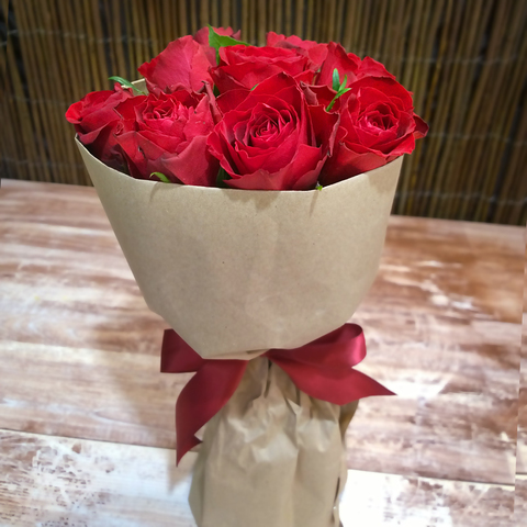Букет-комплимент из 9 роз
