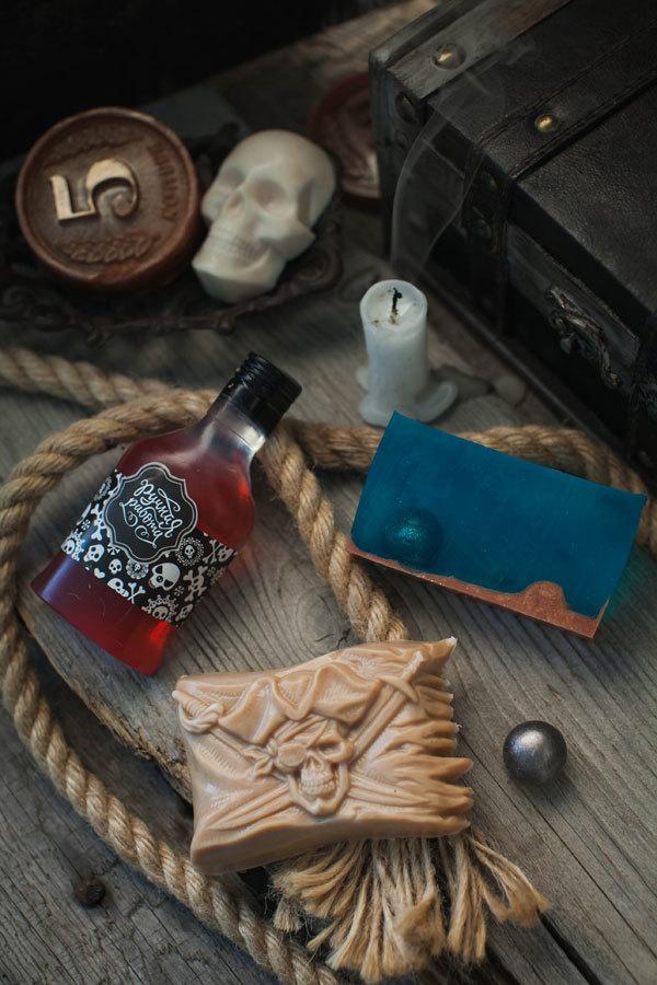 Подарочной мыло ручной работы. Пиратская тема