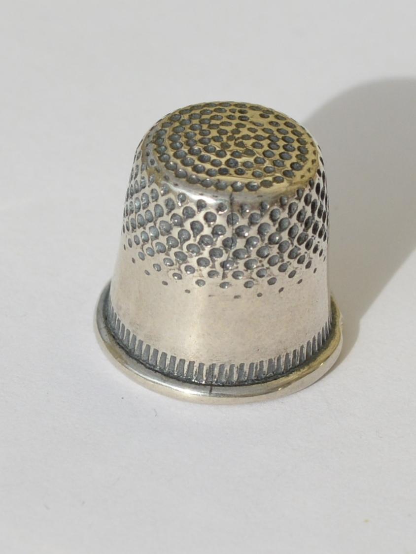 Наперсток 8006  (наперсток из серебра)