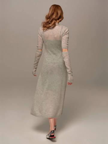 Женское светло-серое платье миди с длинным рукавом - фото 3
