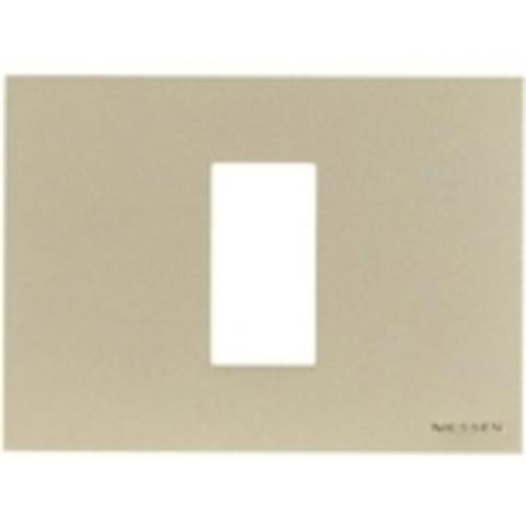 Рамка на 1 пост - 1 модуль, итальянский стандарт. Цвет Серебряный. ABB(АББ). Niessen Zenit(Ниссен Зенит). N2471 PL