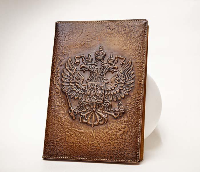 BY05-02-02 Ежедневник в кожаной обложке «Герб России» (А5)