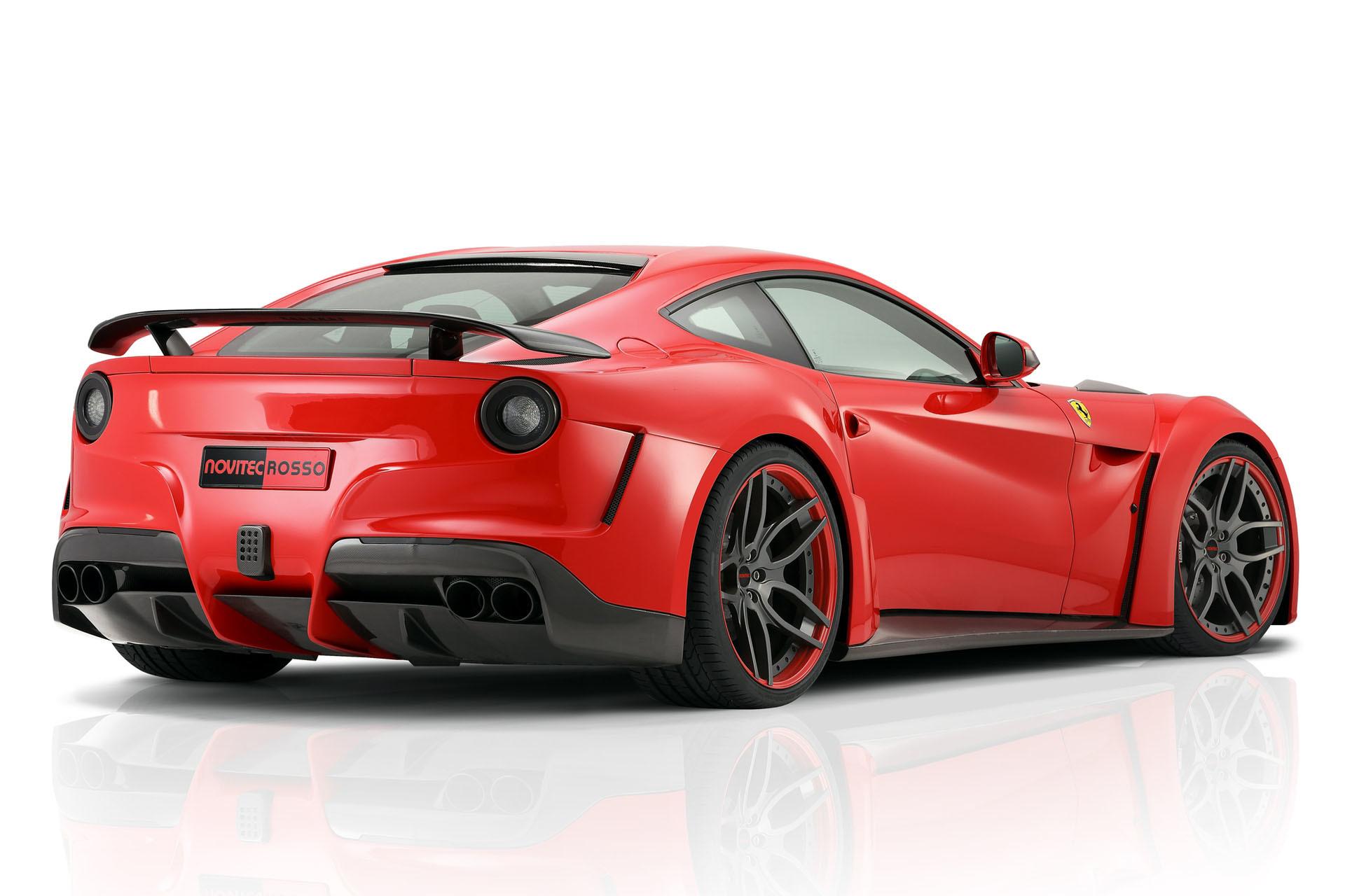 Карбоновая рамка противотуманки заднего бампера Novitec Style для Ferrari F12 Вerlinetta
