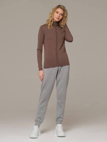 Женский джемпер коричневого цвета из шерсти и шелка - фото 5
