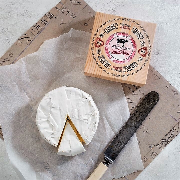 Сыр Камамбер White Cheese from Zhukovka, 150 гр /картон/