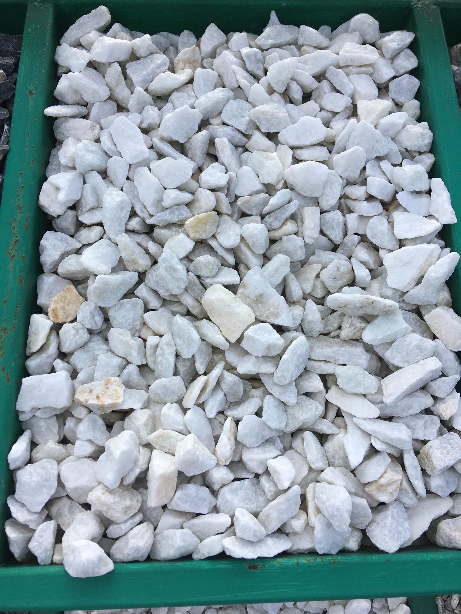 Крошка декоративный щебень Белый 10-20 мм