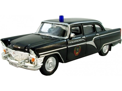 GAZ-13 Chaika KGB State security USSR AutoTime 1:43