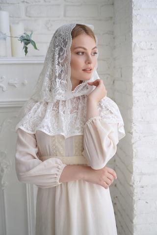 Неспадающий накидка-платок  Ландыш