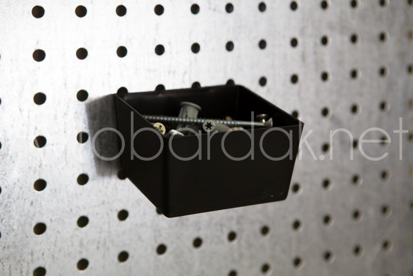 Пластиковый лоток для метизов на перфопанель из ХДФ. PH805-B2