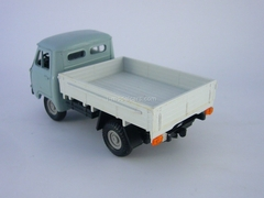 UAZ-452D gray-white Russian Miniature Made in USSR 1:43